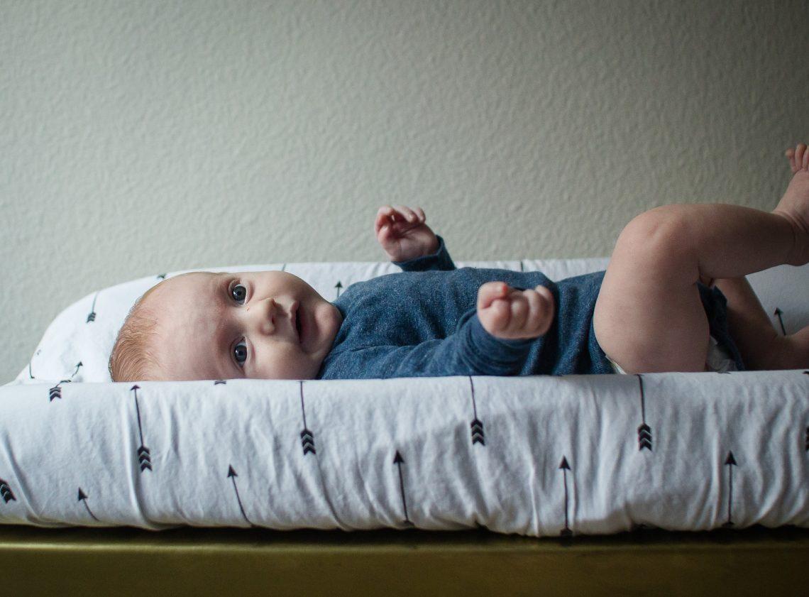 Przewijak dla dziecka - niezbędny czy niepotrzebny?