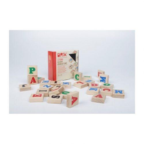 Klocki dla dzieci drewniane czy plastikowe?