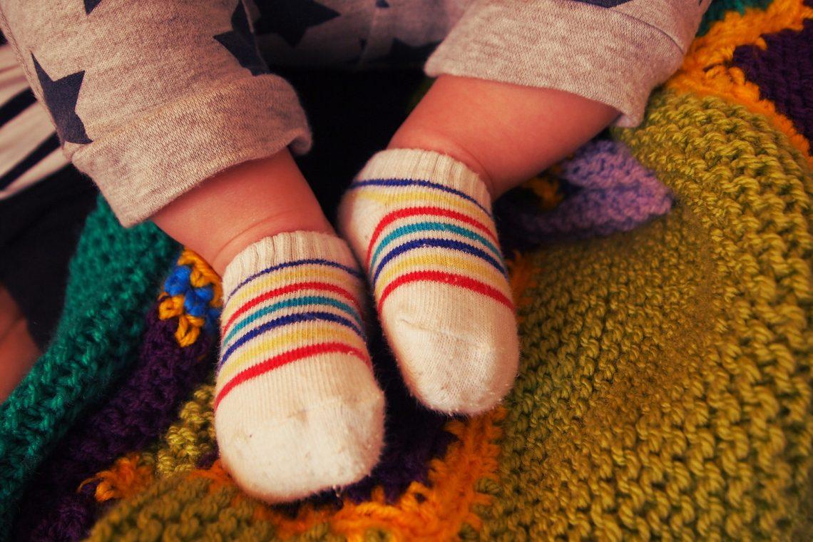 Bielizna dla dzieci – wiosenne kolory i wzory pełne fantazji