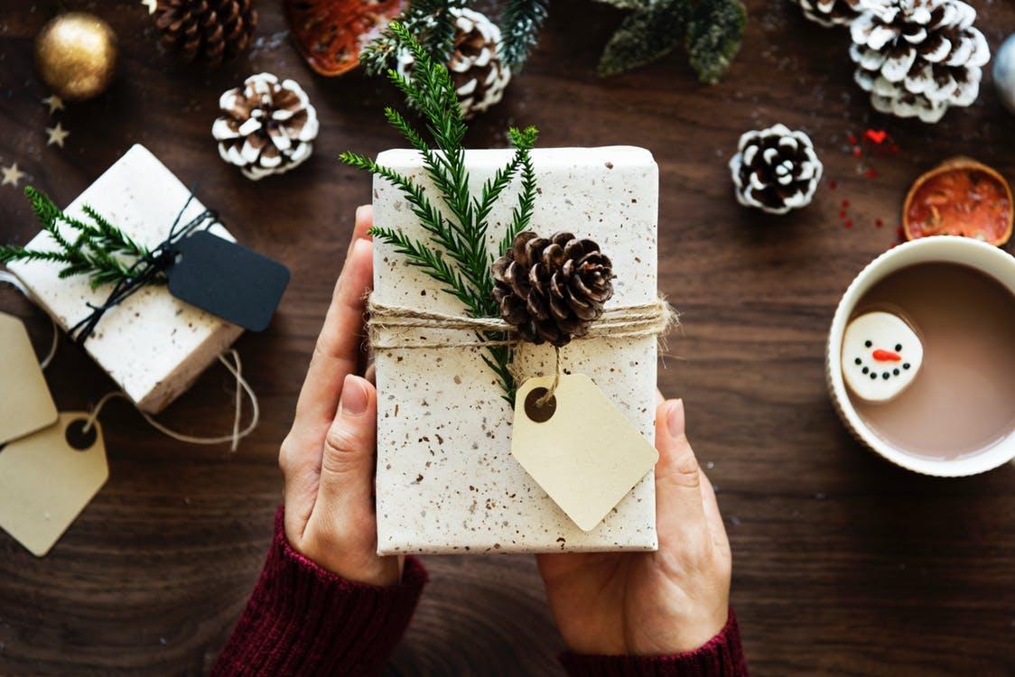 paczka zagraniczna paczka międzynarodowa paczka prezent świąteczny