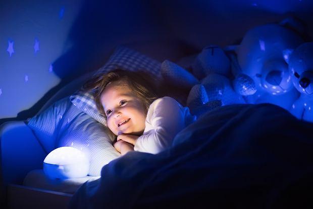 lampka nocna do pokoju dziecięcego lampka nocna dla dzieci